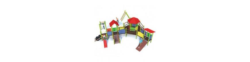 Place zabaw z drewna